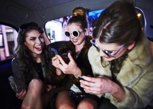 """Bir milyarderin Instagram""""a alternatifi olan Vero""""nun popüler olmasının nedeni"""