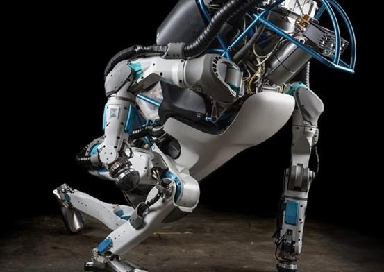 Boston Dynamics robotları dışarıda kendi kendilerine gezmeyi öğreniyor