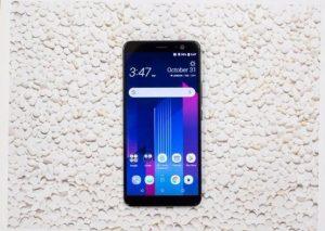 Devasa batarya ve ekrana sahip yeni HTC U11 Plus duyuruldu