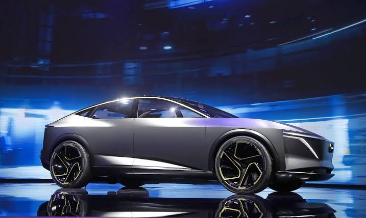 Yeni elektrikli Nissan IMs konsepti Detroit Auto Show'da ortaya çıktı
