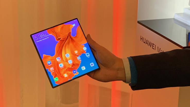 Huawei Mate X Yeni Özellikler Kazanacak