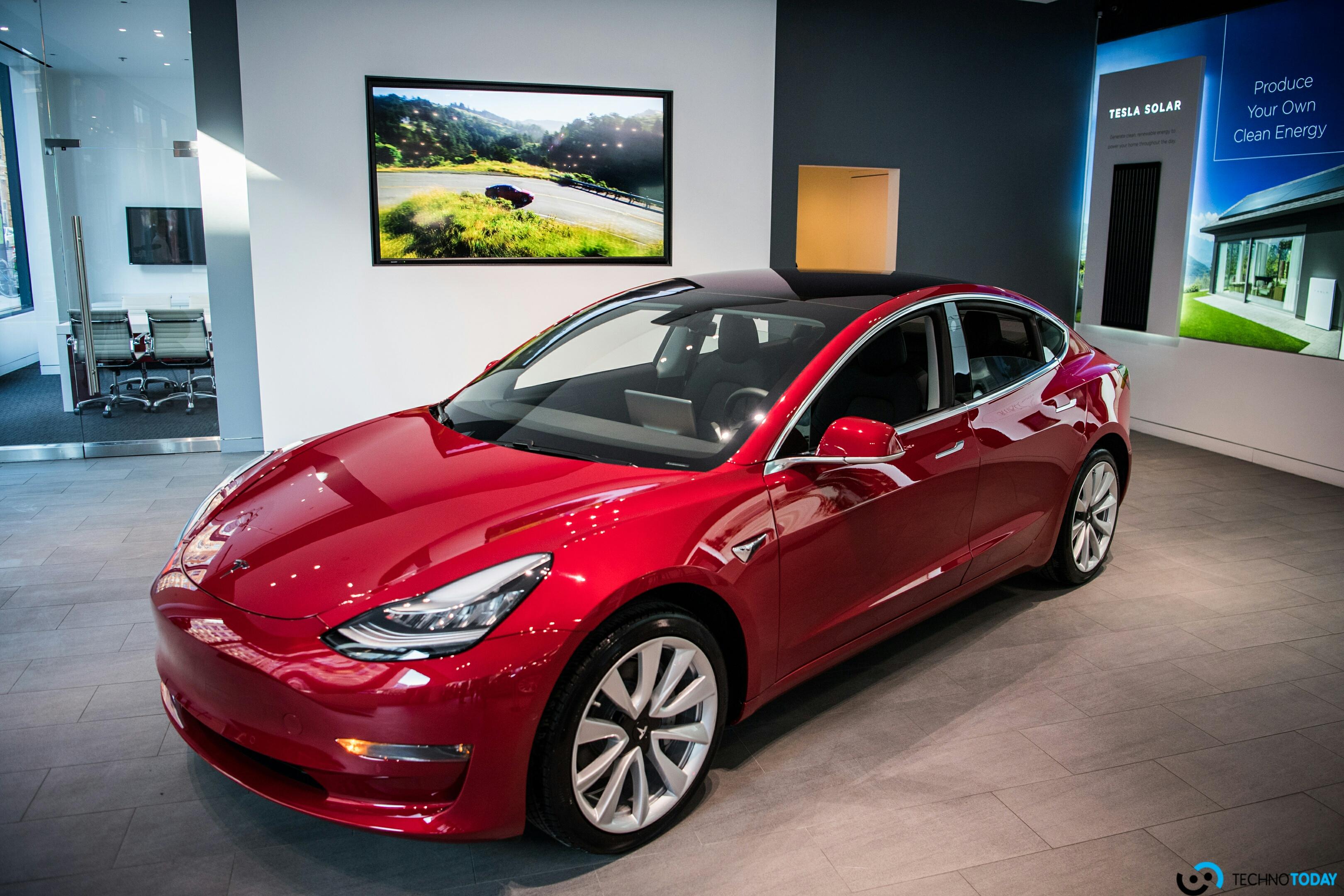 Çin'deki Tesla Model 3 Teslimatları, Beklenenden Daha Erken Başlıyor