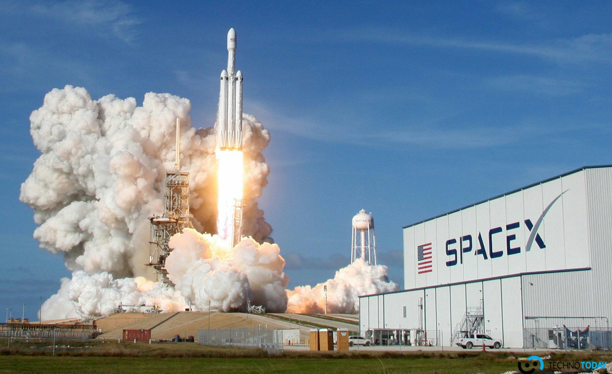 SpaceX'in Falcon 9'u En Zorlu Uçuşunu Yaşadı