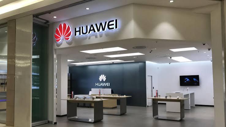 Huawei yeni mağazasını nerede açacak?