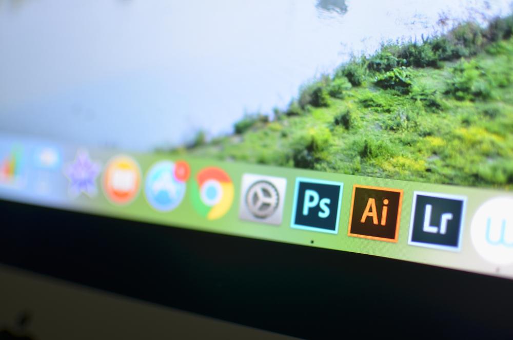 Adobe Photoshop CC 2019: 5/4,5 yıldız!