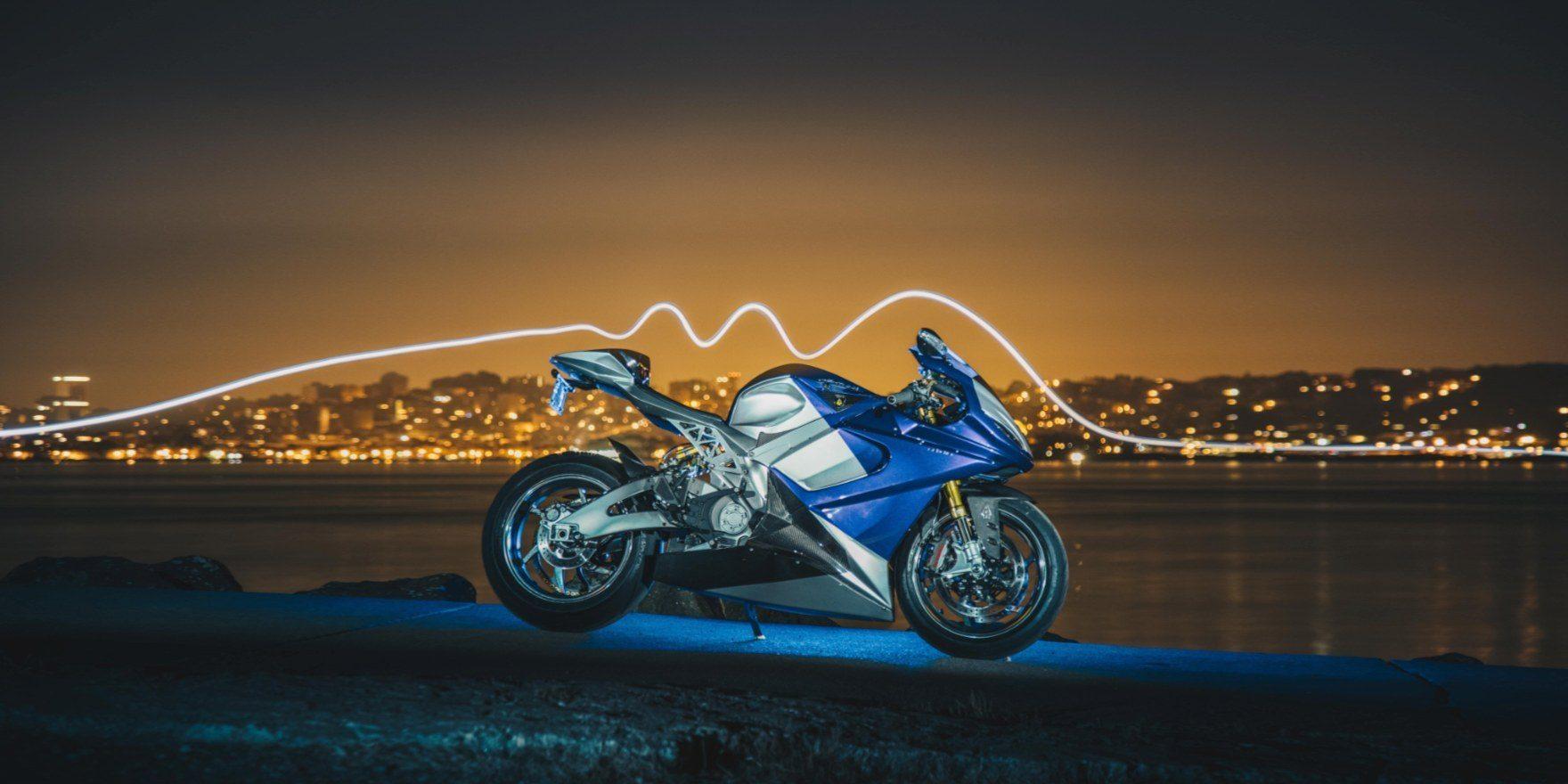 Süper Hızlı Elektrikli Motosiklet Lightning LS-218 Superbike