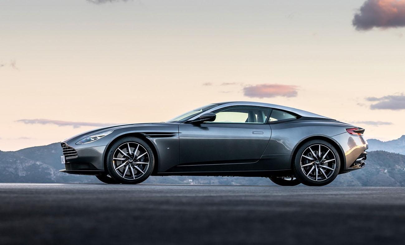 Aston Martin Fabrikalarında Üretim