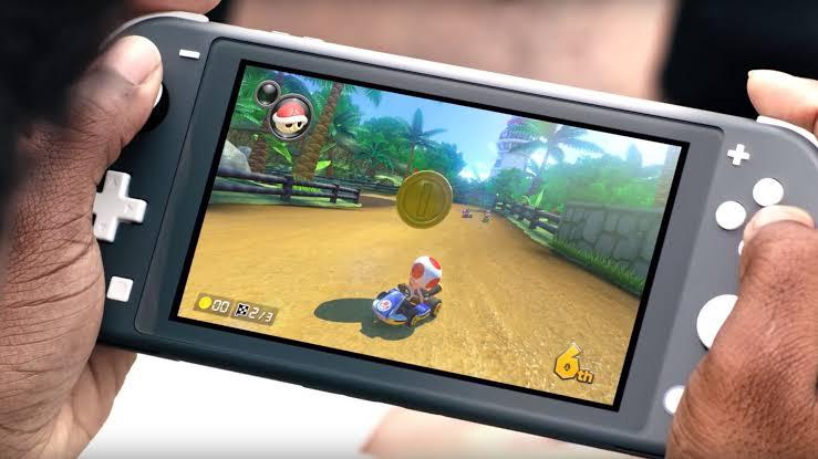 Nintendo Switch Lite Dayanıklılık Testinde!