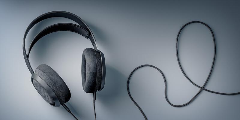 Philips Fidelio X3; yarattığı performans, stil ve konforla müzik uzmanlarına benzersiz bir deneyim sunuyor.