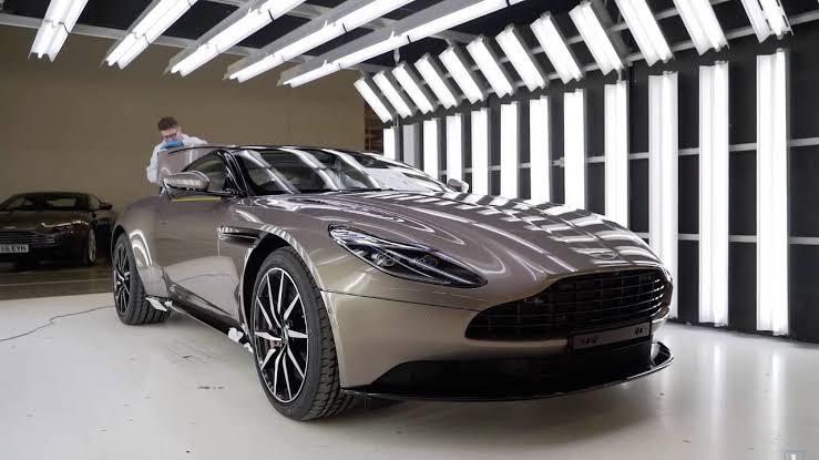Aston Martin Araç Fabrikası!