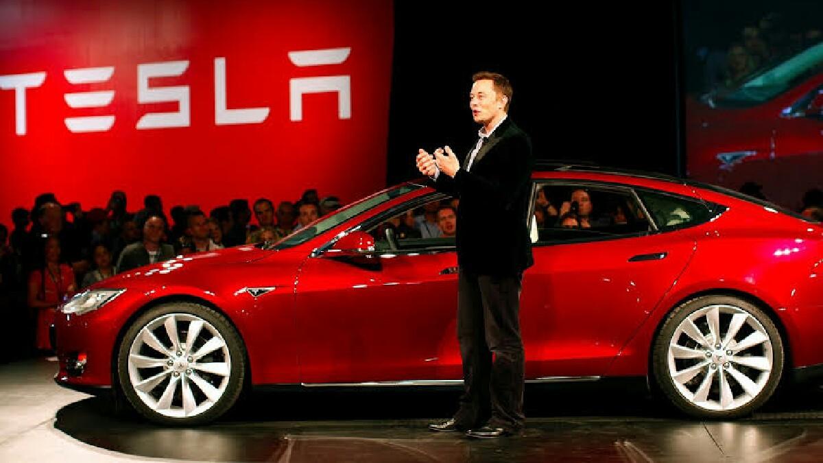 Tesla model 3 güncellemeleri