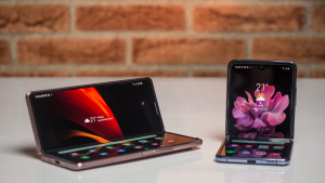 Samsung Galaxy Flip ve Fold modelleri